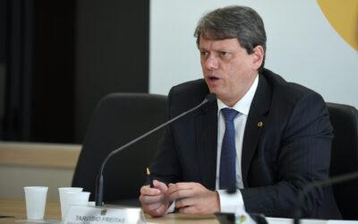 Ministro da Infraestrutura afirma que túnel pode ser a melhor solução para travessia entre Santos e Guarujá