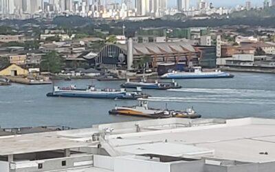 Ponte ou túnel ligando as margens do Porto de Santos